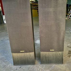 ONKYO Tall Speaker Set for Sale in Orange, CA