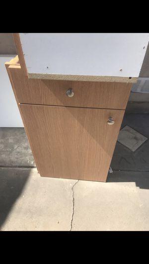 2 kitchen cabinets for Sale in Chula Vista, CA