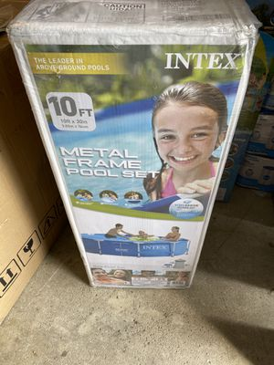 10ft metal frame Intex swimming pool for Sale in Grove City, OH