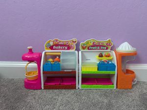 Shopkins season 1 fruit and veggie set and bakery set for Sale in Richmond, CA