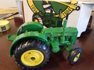 John Deere Model D Tractor Collectible for Sale in San Leandro, CA