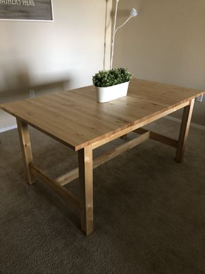 Dining Table (Extendable) BRAND NEW for Sale in Denver, CO