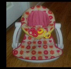 Baby girl sit up chair for Sale in Tampa, FL