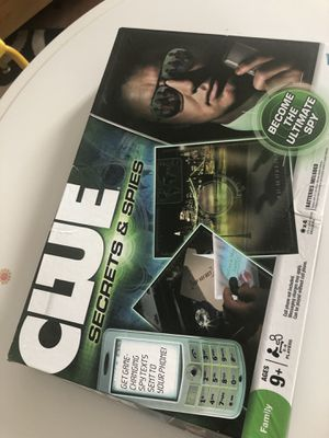 Clue kids board game puzzle for Sale in Edison, NJ