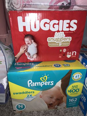 Bundle of Newborn Diapers & Wipes for Sale in Mesquite, TX