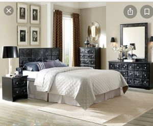 Black and white marble bedroom set. for Sale in Pensacola, FL