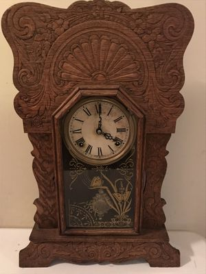 Antique Sessions Gingerbread Gong Eight Day Shelf Mantle Clock Works Great for Sale in Lexington, SC