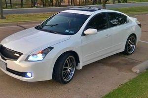 Nissan Altima 2008 White for Sale in Roanoke, VA