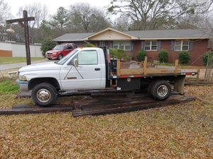 1998 dodge ram 3500 flatbed for Sale in Austell, GA