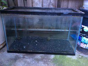 Aquarium fish tank 30 gallon for Sale in San Jose, CA