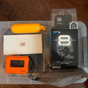 GoPro Hero 8 Black 32GB Memory Card + Accessories for Sale in Diamond Bar, CA
