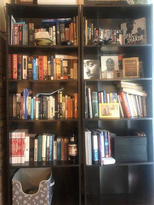 2 bookshelves for sale. Good condition. Dark espresso color for Sale in Los Angeles, CA