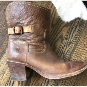 Frye Carmen Shortie Ankle Boots Size 10 for Sale in Winston-Salem, NC