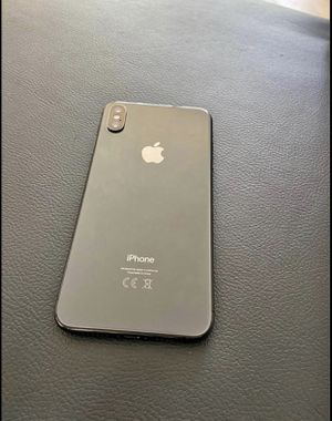 iPhone XSMAX 64 gig unlock for Sale in Miramar, FL