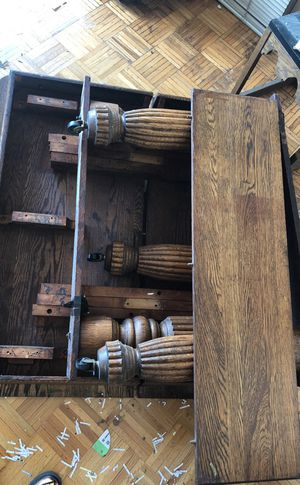 "Antique natural oak dinner table 44""x43""+ 3 leaves. for Sale for sale  Leonia, NJ"
