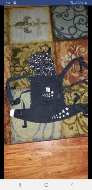 Baby carrier for Sale in NEW PRT RCHY, FL