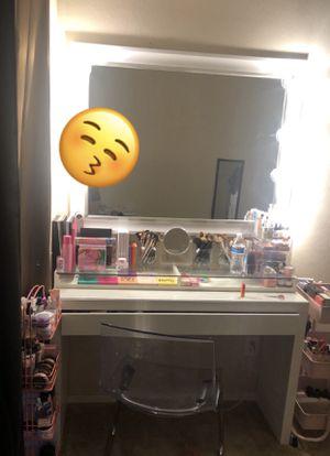 Makeup vanity for Sale in Peoria, AZ