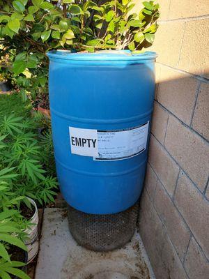 60 gallon plastic barrel for Sale in Baldwin Park, CA