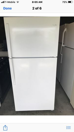 LIKE NEW WHIRLPOOL FRIDGE for Sale in Santa Ana, CA