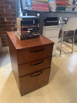 3 Drawer Filing cabinet for Sale in Los Angeles, CA