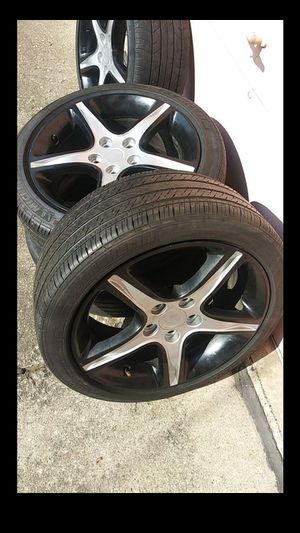 Rims and tires for Sale in Chicago, IL