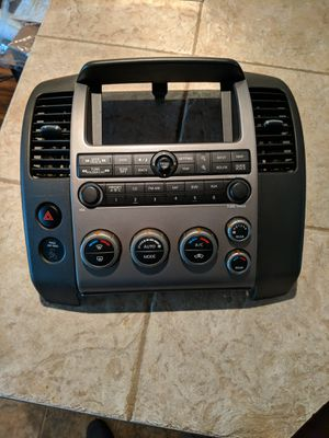 07 Nissan Pathfinder Bose Radio CD Receiver w/ Control Panel & Temp Control OEM for Sale in Longmont, CO