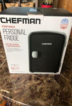 Chefman mini fridge ( new) for Sale in Wickliffe, OH