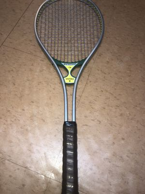 Dunlop volley 2 tennis Raquet ( collectible) for Sale in Brooklyn, NY