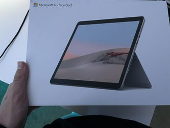 Microsoft surface GO 2, 1 week old for Sale in Gresham,  OR
