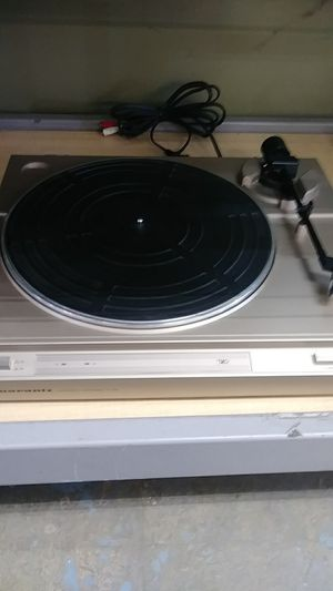 Marantz tt 162 turntable record player for Sale in Crystal Lake, IL