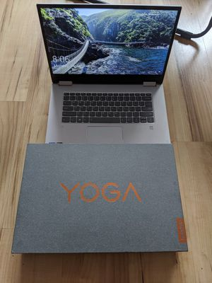 Excellent used condition Lenovo Yoga 720 4K touchscreen 15-inch Thin Laptop for Sale in New York, NY