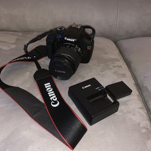 Canon EOS Rebel T3 DSLR Camera for Sale in Rockville, MD