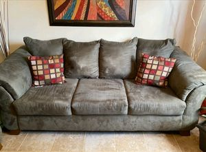 Sofa and loveseat for Sale in Decatur, GA