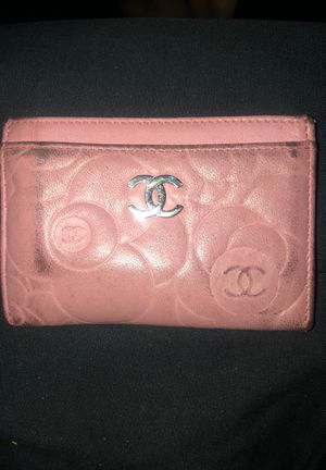 CHANEL Camellia lambskin wallet/cardholder for Sale in Seattle, WA
