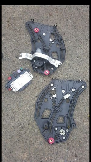 2002 mercedes cl500 window regulator with motor parts for Sale in Portland, OR