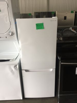 Insignia Top fridge bottom freezer for Sale in San Luis Obispo, CA
