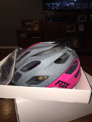 Fox flux helmet for Sale in Garden Grove, CA
