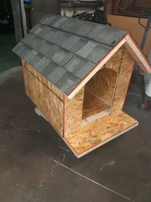 dog house for Sale in Ceres, CA
