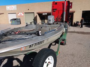 Erb tide Dyna trek bass boat for Sale in Marana, AZ