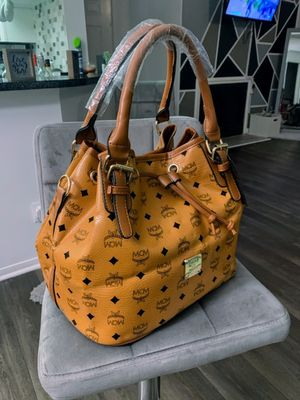 Caramel Colored Purse for Sale in Stone Mountain, GA