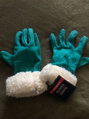 Gloves for Sale in Puyallup, WA