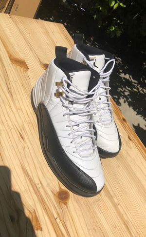 Jordan Retro 12 Taxi Size 12 for Sale in Los Angeles, CA