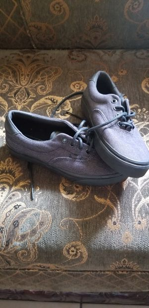 New tennis vans size 5 for men 6 .5 for girl for Sale in Los Angeles, CA