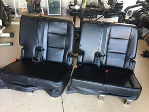 2 CAR SEATS for sale!! Look new for Sale in Perris, CA