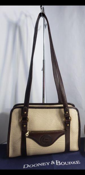 Vintage Dooney & Bourke Duck All Weather Leather Cream with Dark Brown Shoulder Bag Handbag Purse Tote PRICE FIRM 🚫 for Sale in San Antonio, TX