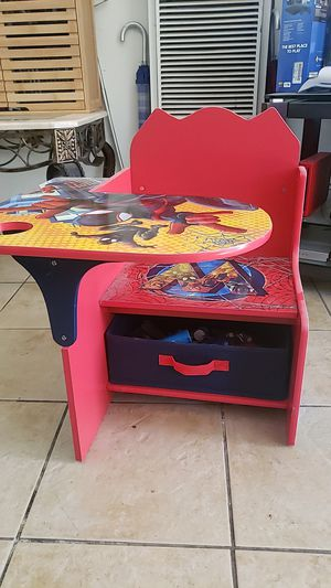 Spiderman children s desk almost new for Sale in Long Beach, CA