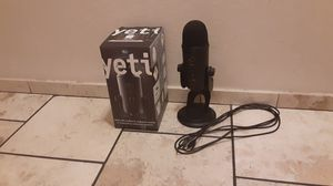 Blue YETI MICROPHONE for Sale in San Jose, CA
