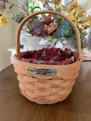 Longaberger Discovery basket for Sale in Oxford, CT