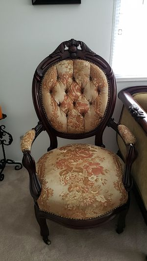 Victorian chair 1930 for Sale in Los Angeles, CA