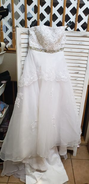 Wedding or Quinceanera Dress bust 47 waist 43 length 150 for Sale in Modesto, CA
